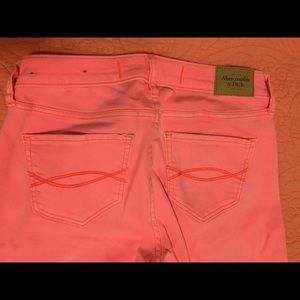 Abercrombie & Fitch Jeans Hot Pink